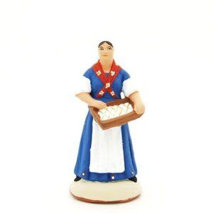 Femme aux calissons d'Aix santon de provence peint à la main