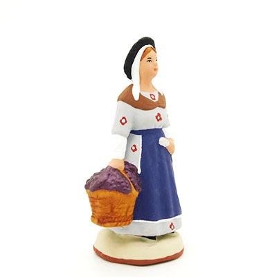 santon de provence peint à la main vengangeuse profil