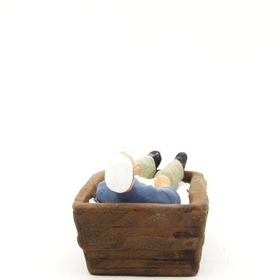 santon de provence peint à la main boulanger endormi dans le pétrin dos