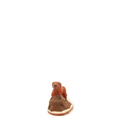 santon de provence peint a la main chien debout face