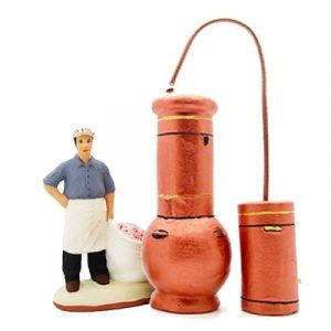 distillateur et son alambic santon de Provence peint à la main