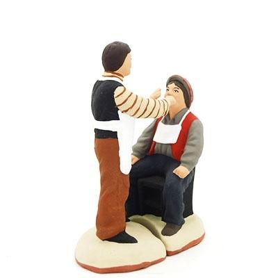 Arracheur de dents et son client santon de provence peint à la main